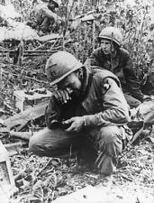 Vietnam War U.S. Army 101st Air Soldier Stressed Dazed Old Great 8.5x11 Photo