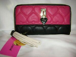 Betsey Johnson ZA Wallet Clutch Ivory Tassel Heart Lock Logo Quilted Pink/Black