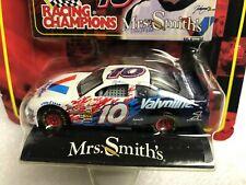 1:64 Johnny Benson #10 Valvoline Mrs Smith's NASCAR Die-Cast Racing Champions