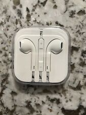 Original Apple EarPods with 3.5 mm Headphone Plug
