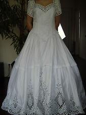 wunderschönes ungetragenes Brautkleid, Hochzeitskleid Gr. M L 40 42 ,Bauernspitz