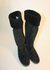 UGG Australia Womens Ladies Black Suede Sheepskin Winter Boots Size 6M