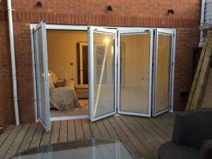 4m x 2.1m,NEW Quality Aluminium Bi fold Doors inc Glass 4 panels. WITH BLINDS
