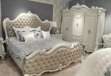 Bett + 2x Nachttisch 3 tlg. Schlafzimmer Set Designer Luxus Schlafzimmer Barock