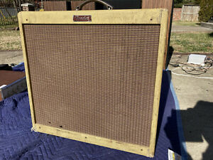 1994 Vintage Fender Blues Deville PR 247 4x10 Tweed Guitar Tube Amplifier 6L6
