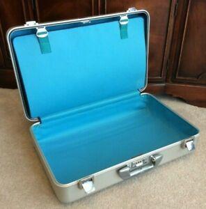"ZERO Halliburton Aluminum Suit Case 21""x13""x7"" Carry On Turquoise w/ Combo Lock"