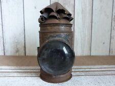 ancienne lampe lanterne a huile essence ?? a voir