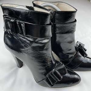 Alannah Hill Black Patent Leather Heeled Ankle Boots Booties Bow Feature Size 38