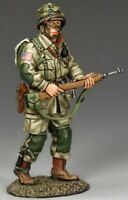 KING & COUNTRY D DAY DD220 U.S 82ND AIRBORNE OFFICER WITH CARBINE MIB