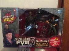 Resident Evil 3 Nemesis Chris Redfield Vs Tyrant Figure Moby Dick Biohazard