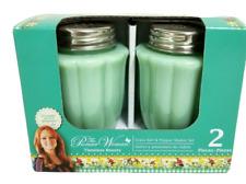 *The Pioneer Woman Salt and Pepper Shaker Set Glass Jade