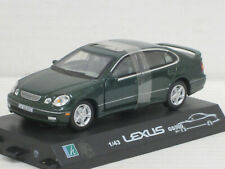 Lexus GS 300 in grünmetallic, ohne OVP mit Sockel, Hongwell/Cararama, 1:43