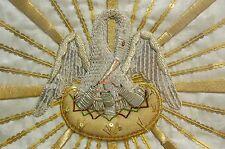 Pelican de Piété Vêtement Religieux Liturgique Broderie Fil d'Or French Chasuble