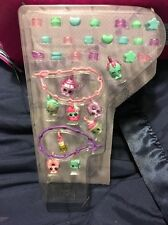 2016 SHOPKINS EXCLUSIVE 9 Glitter Charms  20 Beads And 2 Bracelets.