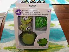 Wilton Dinosaur Cupcake Decorating Kit NEW