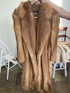Women's Neiman Marcus Full Length Natural Red Fox Fur Coat.