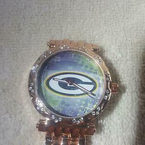 Green Bay Packers Women's NFL Stainless Steel Luxury Watch - (RARE) NEW