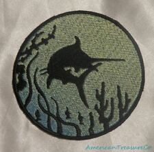 Embroidered Marlin Fish Ocean Sea Silhouette Ombre Circle Patch Iron On Sew USA