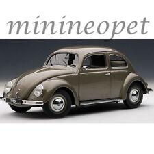 AUTOart 79777 1955 VW VOLKSWAGEN BEETLE KAEFER LIMOUSINE 1/18 POLARIS SILVER