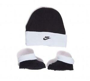 Infant Nike Black/White Hat & Bootie Set (NCA1) RRP £11.99