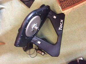 Tacx NEO Smart 2200W Inteactive Direct Drive with Motor Break - Black