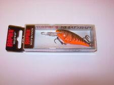 1 Appâts, leurres et mouches rouge pour la pêche