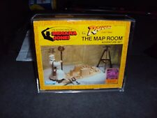 KENNER INDIANA JONES MAP ROOM & CASETHIS SALE IS FOR ACRYLIC CASES ONLY NO TOYS