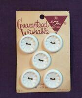 "*Vintage LE CHIC Set of 5 White Plastic Buttons flower design 7/8"""