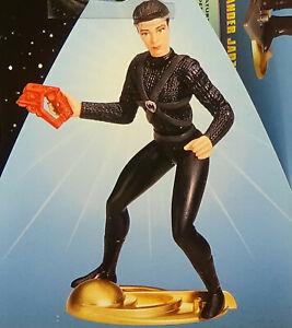 Kira Nerys Intendant Warp 4 LMTED Deep Space Nine Playmates Star Trek DS9 MOC 98