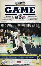 KHRIS DAVIS ON COVER MILWAUKEE BREWERS 2013 OFFICIAL GAMEDAY PROGRAM ISSUE #7