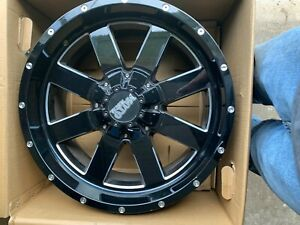 1 USED WHEEL/RIM MO962 20x9 6x135.00 GLOSS BLACK MILLED (0mm) MO962