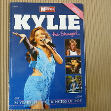 Especial Souvenir Libro Kylie 100% Extraoficial
