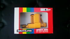 RARE BRITAINS NEW HOLLAND SMALL BALER 9556 IN YELLOW