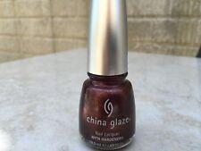 CHINA GLAZE METROPOLITAN (CG2235)