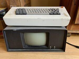Vintage Viatron System 21 model No. 4001 keyboard & monitor