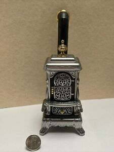 Vintage Bodo Hennig Cast Parlor Stove EUC Dollhouse Miniature 1:12