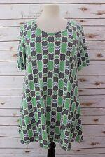 XS  LuLaRoe Perfect T Green Gray Blue Off White Silky SOFT Beautiful Geometric