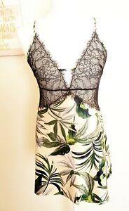 NWT Victoria's Secret Multicolor Tropical Lace Plunge Slip size Medium