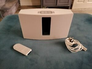 Bose SoundTouch 20 Series III Wireless Music System - White