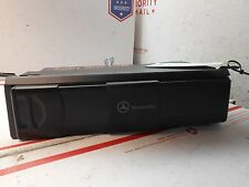 03-06 mercedes clk cd changer with mag 2208274642 QB0792