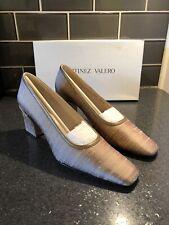 New Women  Martinez Valero Leather Beige Silk Pumps Block Heel Dress Shoes 8.5 N