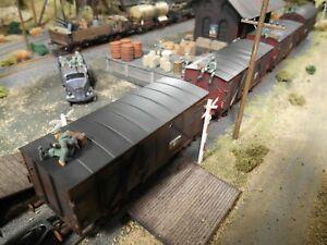 HO Roco Minitanks 7th Panzer POW Train 4 Railway Cars #A1110 Hand Painted
