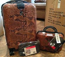 """Heys 22"""" Spinner and Beauty Case Hardside Luggage Set F11209 SNAKE USED"""