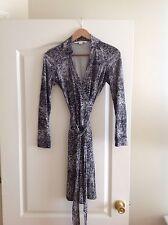 Diane Von Furstenberg New Jeanie Wrap Dress Size 2 Dry Cleaned