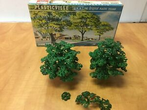 PLASTICVILLE HO Scale Shade Trees not glued 2614-180