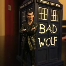 """3.75"""" Scale Doctor Who TARDIS Bad Wolf Custom w/ Eaglemoss 9th And 12th Doctors"""
