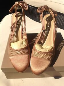 Designer Shoes Bnwot New Boxed Menbur Evening Shoes Size 39 6 Stunning Heeled
