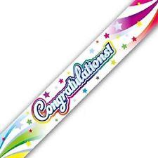 Guirlandes et bannières de fête multicolores pour la maison félicitations