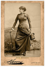 SARAH BERNHARDT Actress Legend Autograph Sarony Photo Cabinet Card Vintage RP