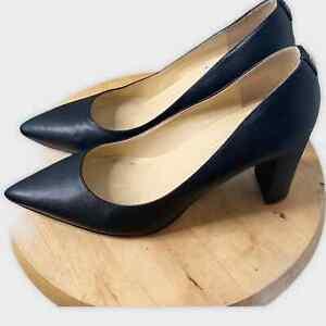 Ivanka Trump women's Itlysa black leather pointed toe pumps size 9